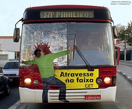 Image drole et amusante advertising_BusCrash.jpg